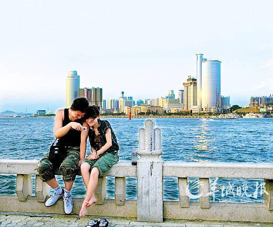 """海滨旅游城市厦门是""""脱光""""旅游的首选地"""