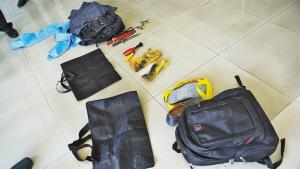 男子携带的行窃工具