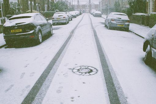 大雾雪天开车注意事项
