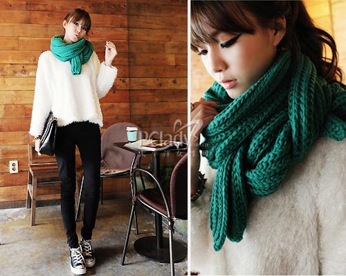 韩式围巾最in系法:温暖脖套