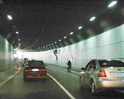 营盘路湘江隧道正式通车