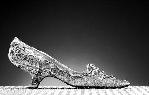 全世界最贵古董鞋 拍出19750欧元天价