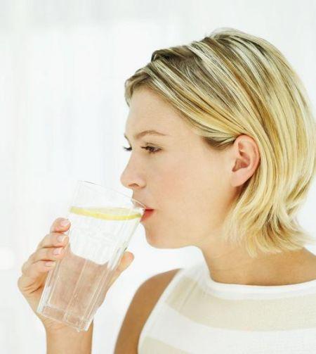 武昌自来水有异味 怎样喝水才健康?图片