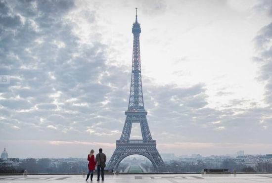 埃菲尔铁塔(法国巴黎)埃菲尔铁塔曾被称