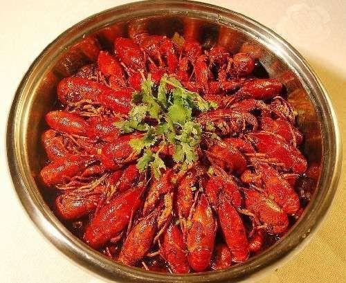夏日最爱小龙虾 哪些人不能吃