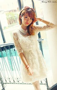 优雅名媛范 白色雪纺花瓣连身裙