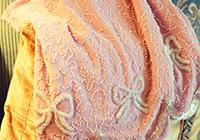 kaki私物推荐:粉色珍珠镶花半裙。