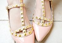 隋小棠私物推荐:Valentino铆钉鞋