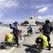 70岁长沙老人行2300公里抵拉萨