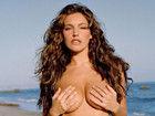 极致性感热辣诱惑 英伦第一美胸海边泳装写真秀丰乳
