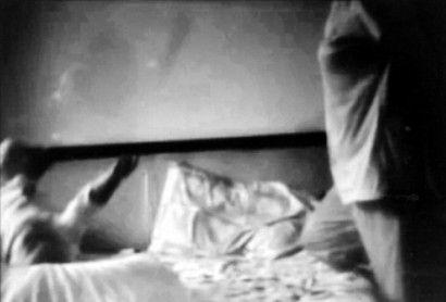 女婴父母暗拍的镜头截图