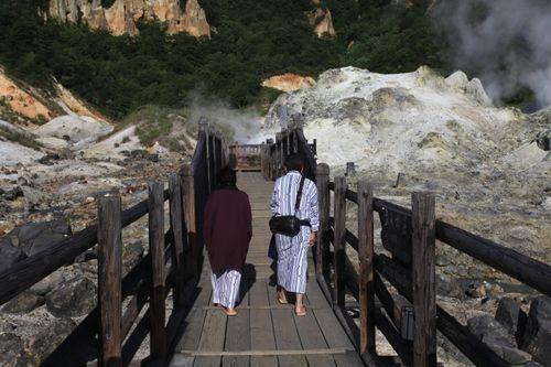 新浪旅游配图:日式温泉 摄影:远方雪