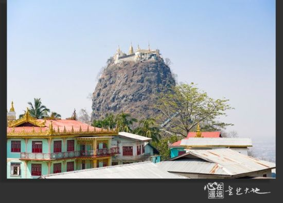 Mt Pop山顶上的寺庙