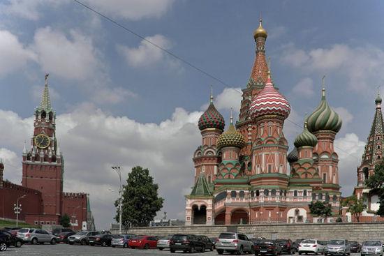 莫斯科红场上克里姆林宫外的圣巴西尔大教堂.图片