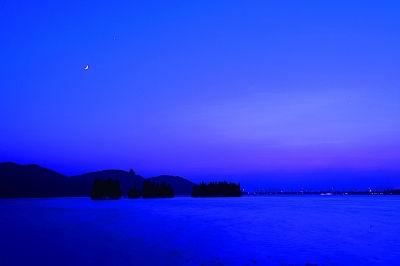 东湖落雁景区的弯月