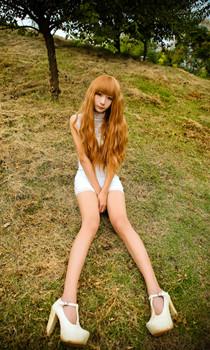 白色紧身裙