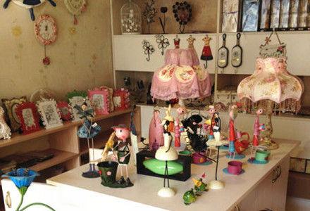 华师文化街创意家居屋 将寝室华丽变身欧式田园风