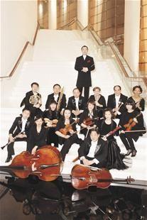 图为:武汉爱乐乐团