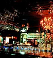 江滩酒吧一条街