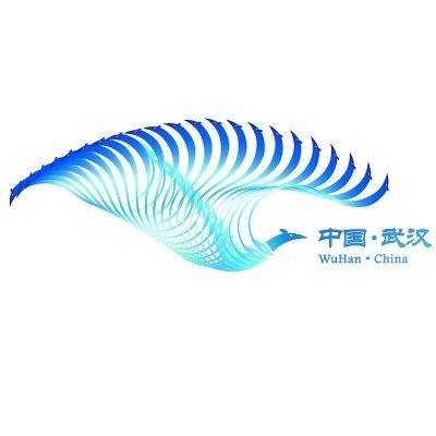 8号 东湖、长江蕴育了武汉丰富的自然景观和人文历史景观;凤:楚人自古以凤为图腾,代表吉祥平安、锐意升腾之意;鹤:祥鸟亦可理解为鹤,取长江水的元素构成鹤的形象。