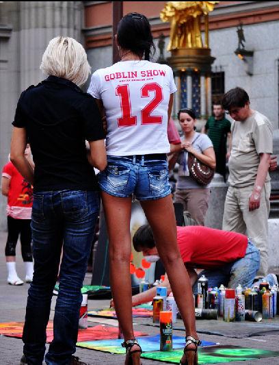 街拍俄罗斯惊艳美女