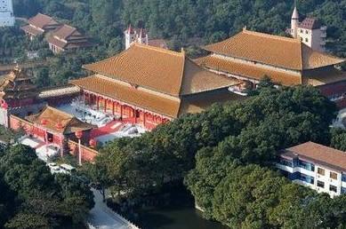 江苏华西村博物馆建成 1比1复制故宫太和殿