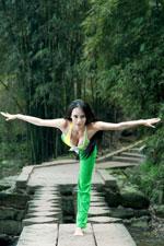 瑜伽第一美女母其弥雅