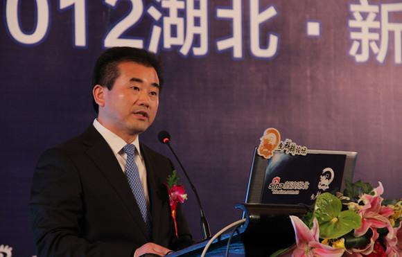 刘美频:实现小康社会要提高城乡居民收入水平