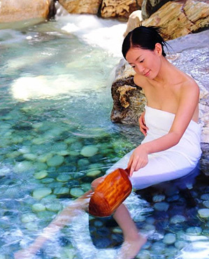 四季如汤―南京汤山温泉