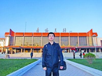 小王在复旦大学读博士。