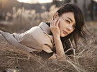 人气女星袁姗姗时尚写真 魅惑迷离变身熟女