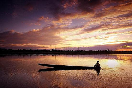 湄公河 影片:《情人》