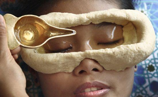 阿育吠陀养生学的中的Tharpanam疗法护理眼睛