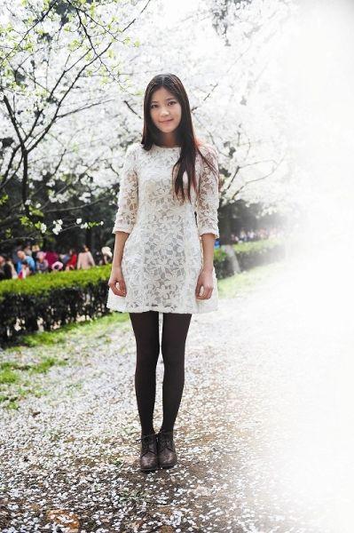 出镜女生:田璐,21岁,2010级学生。