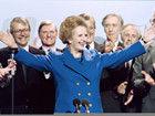 英国前首相撒切尔夫人逝世 盘点铁娘子时尚穿搭