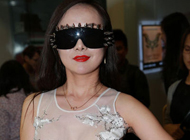 干露露仅穿薄纱赴香港 望与陈冠希拍三级