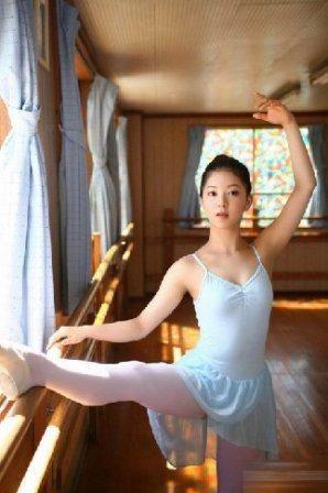 清新自然的朝鲜天然美女