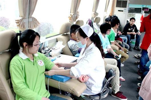 武汉一天捐血37万毫升