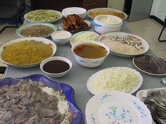 像印度菜的马尔代夫自助餐