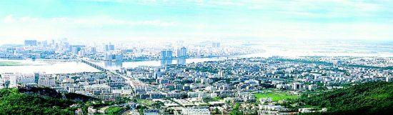图为:襄阳新城的发展规划充分融入了古城文化的特色,图为东津古镇旅游效果图。