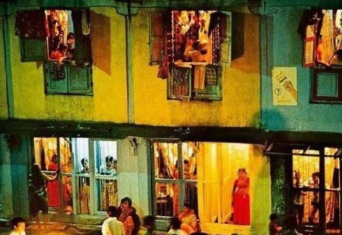 灯红酒绿不夜城 揭秘全球性生活混乱之城