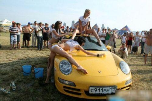 性感洗车美女
