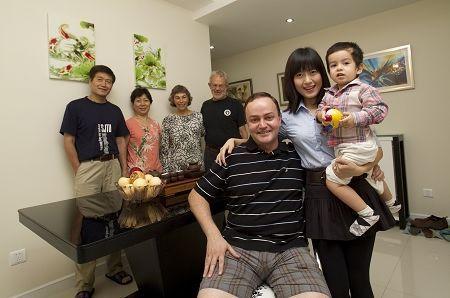 421家庭结构中 双独夫妻负担最重