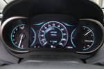 8英寸高清数码显示屏驾驶信息,整体动感稳健,让信息尽掌其中,人性化安全设计