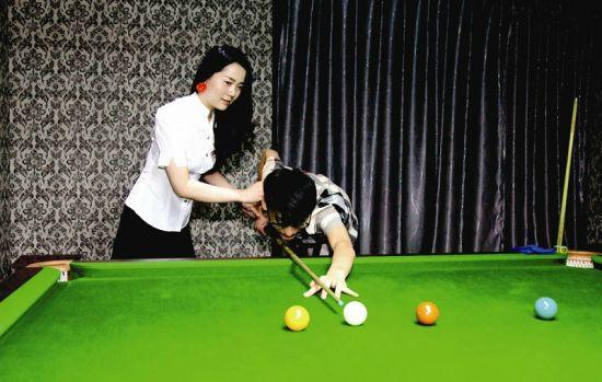 """陈春华就是其中的一名""""桌球宝贝"""""""