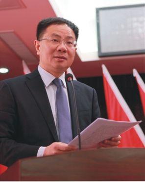西塞山区区委书记胡敏
