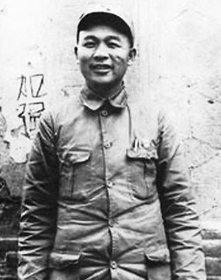 图为抗战时期的徐海东