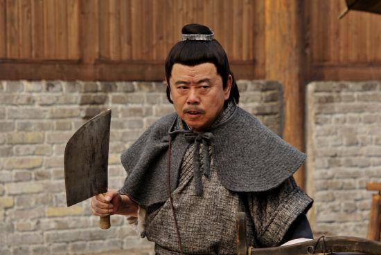 潘长江在《武松》中武大郎的造型