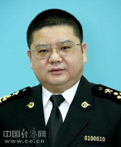 甘荣坤简历(来源:中国经济网)