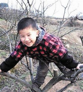 大冶6龄童上学途中被人掳走 凶手将其肢解后焚尸
